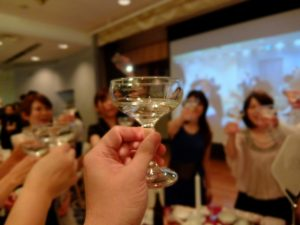 ハンドレッドスクエア倶楽部 卒業パーティー 送別会 忘年会 新年会