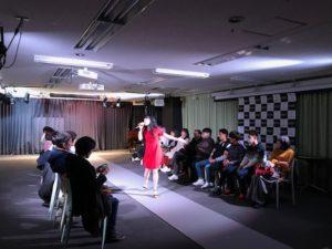 ファッションショー を秋葉原で貸しスペースをつかって企画した事例