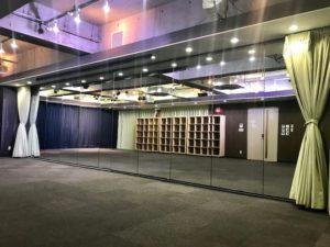秋葉原 イベントスペース 9mの鏡面 ダンスレッスン
