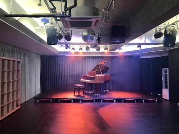 秋葉原 演奏会 ホール グランドピアノ